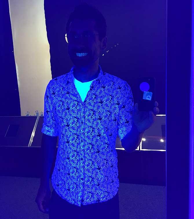 Ich im UV-Licht