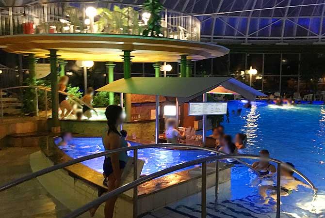 Poolbar in der Schwaben Therme Aulendorf
