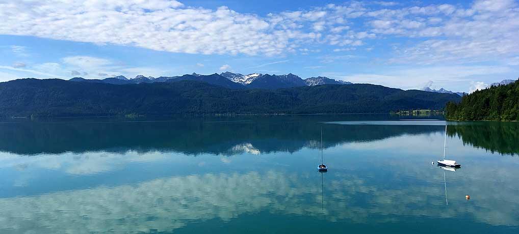 Top Ausblick auf den Walchensee vom Hotel Karwendelblick in Urfeld
