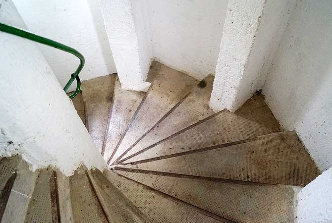112 Treppenstufen bis zur Spitze im Schönbergturm