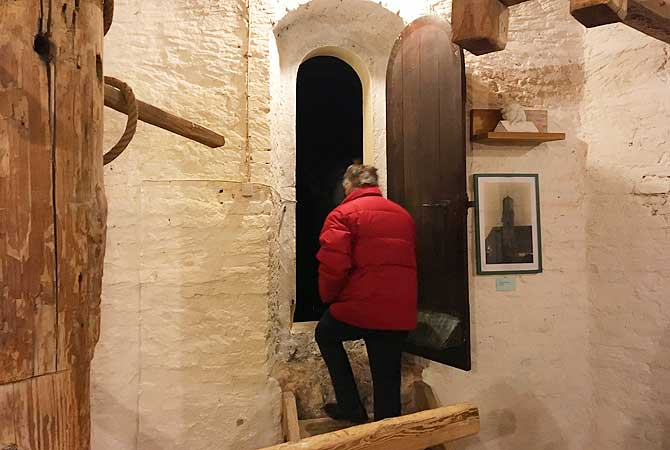 Bei der Turmführung in Memmingen geht's eng zu