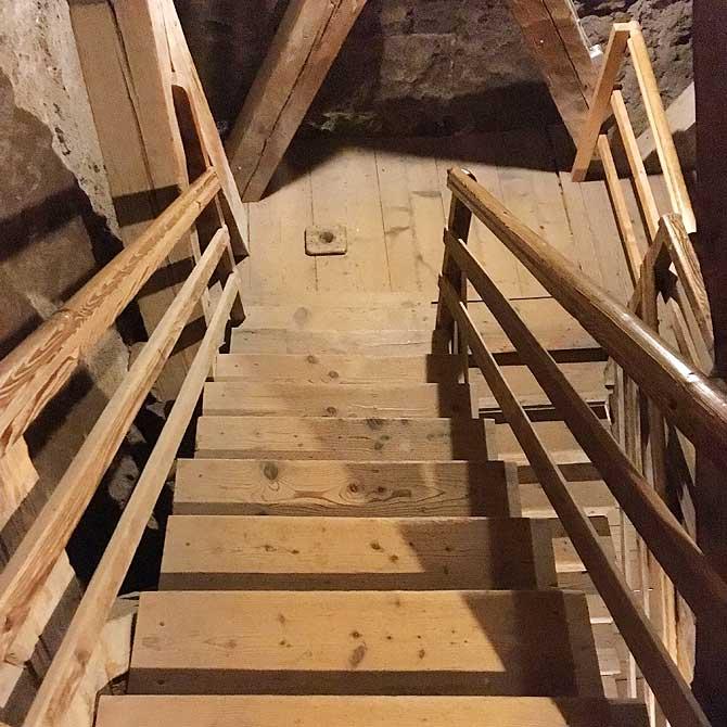 Treppe und Stufen im Turm zu Sankt Martin