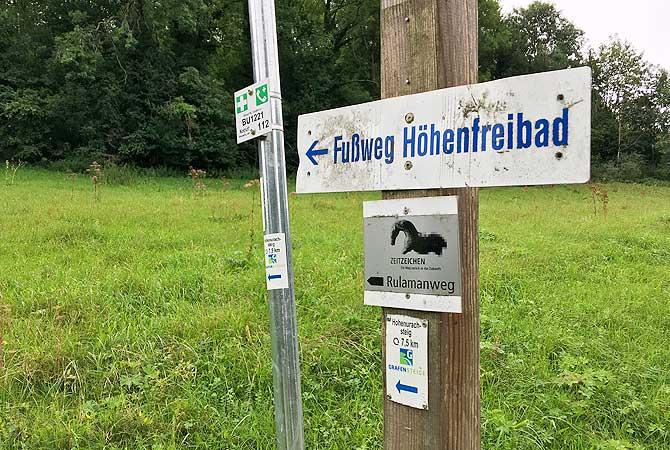 Fußweg Richtung Hohenurachsteig