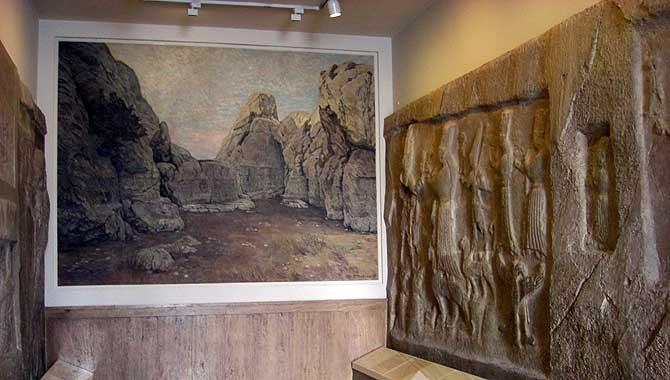 Felswand im Pergamonmuseum