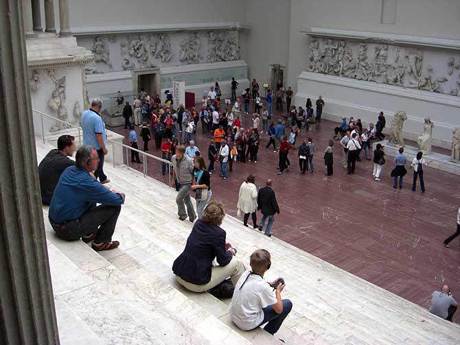 Treppenhalle im Pergamonmuseum