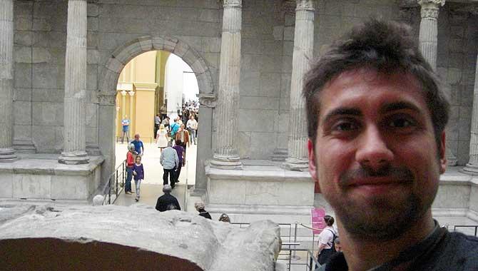 Ich im Pergamonmuseum Berlin