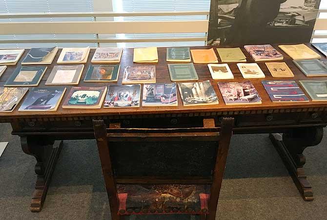 Schreibtisch des Meisters