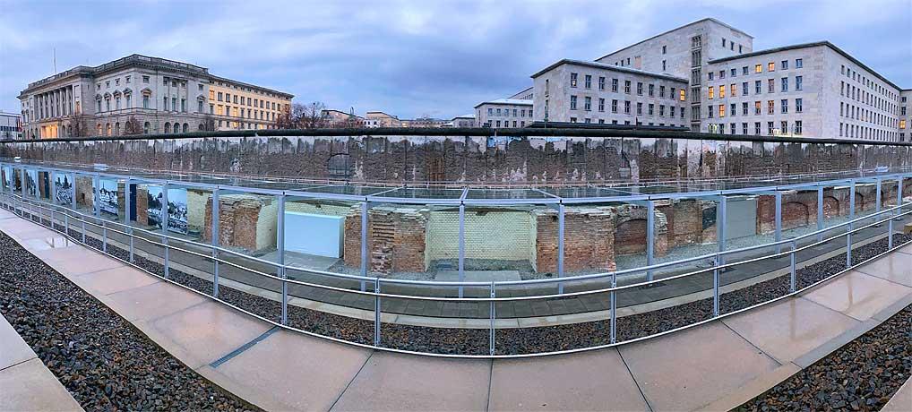 Topographie des Terrors als Ausfugeziel direkt an der Berliner Mauer