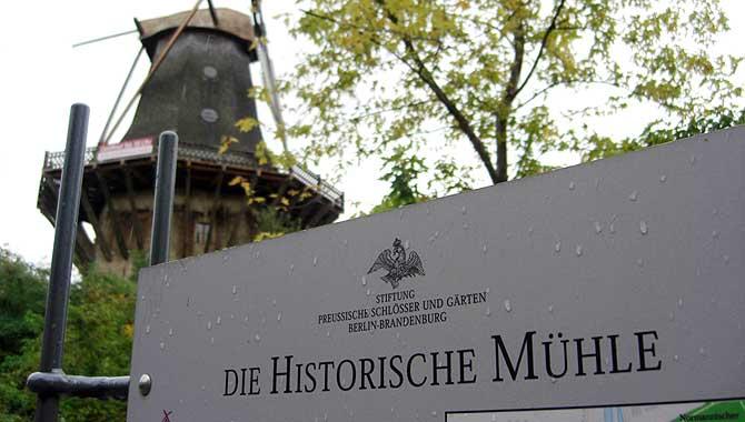 Historische Mühle bei Schloss Sanssouci