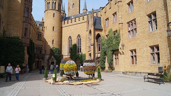Innenhof von Burg Hohenzollern