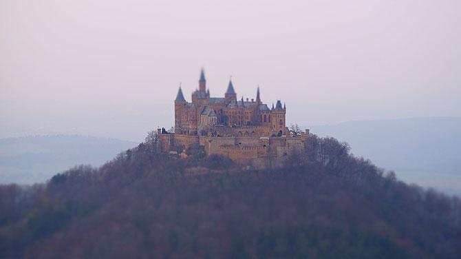 Burg Hohenzollern vom Zeller Horn aus