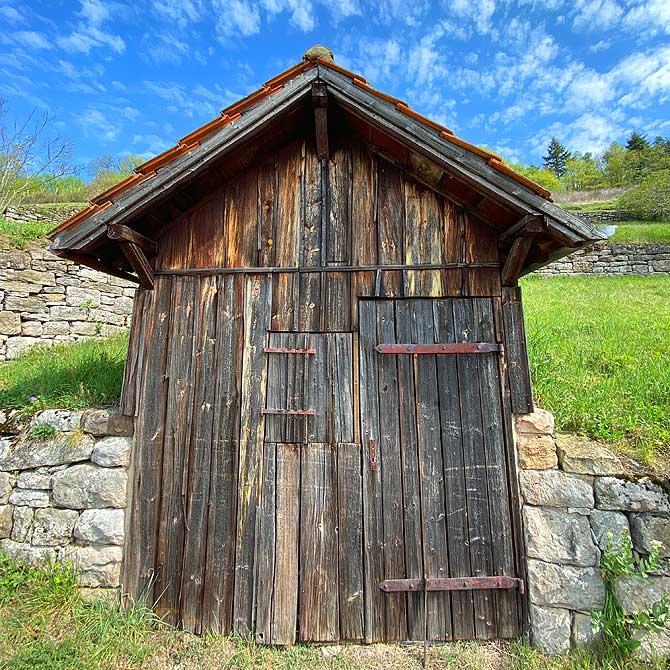 Hütte in den Ochsenbacher Weinbergen