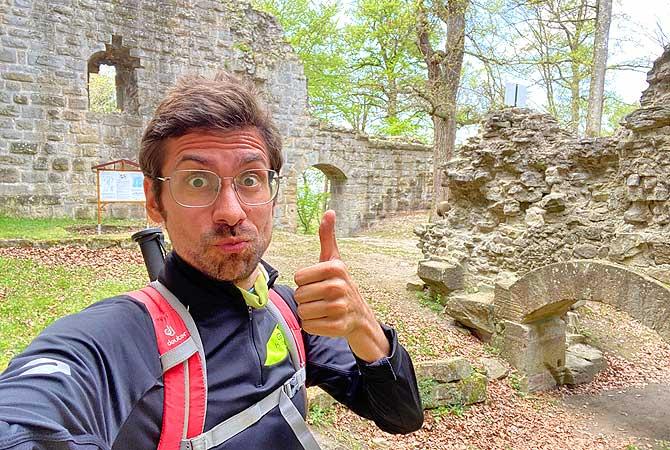 Dein Deutschland Reiseblog bei der Wanderung zur Ruine Blankenhorn bei Eibensbach und Güglingen