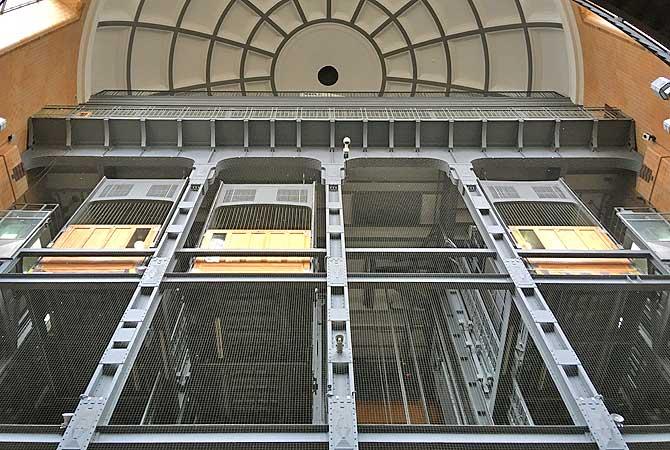 Aufzug im Alten Elbtunnel Hamburg
