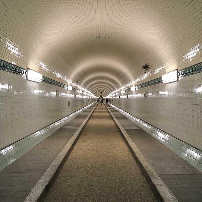 Begehbare Tunnelröhre