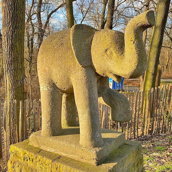 Elefanten Skulptur