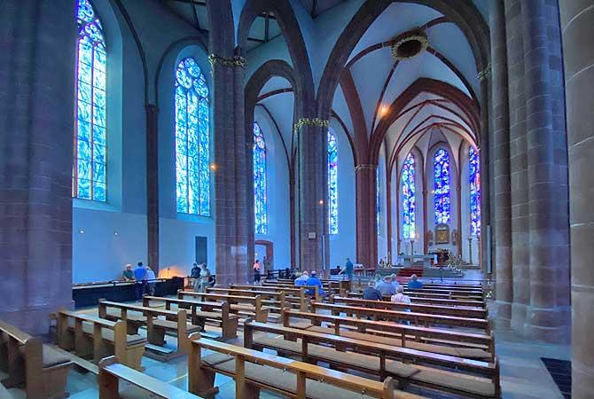 Mainz Chagall Fenster Deutschland Reiseblog
