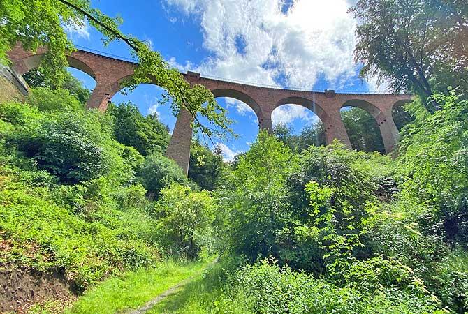 Hubertus-Schlucht unter dem Viadukt