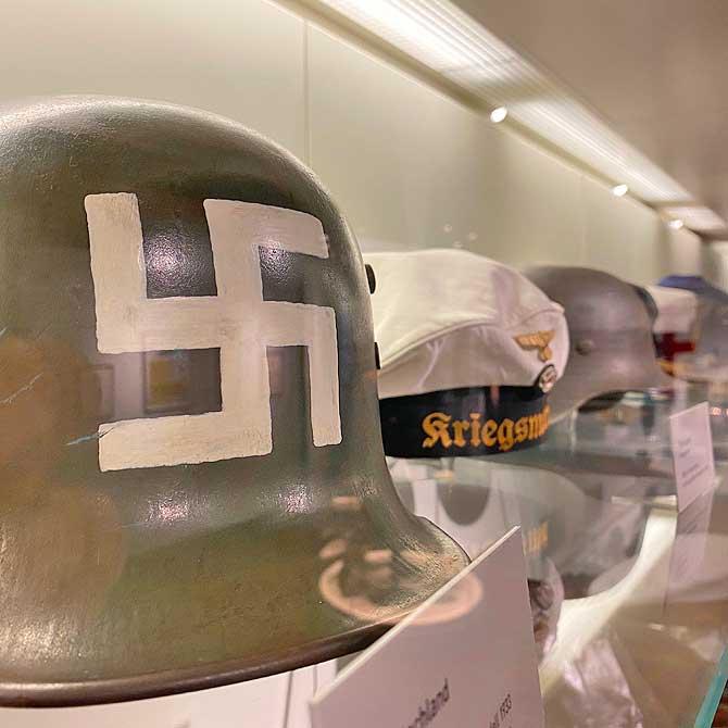 Ein sehr, sehr alter Helm