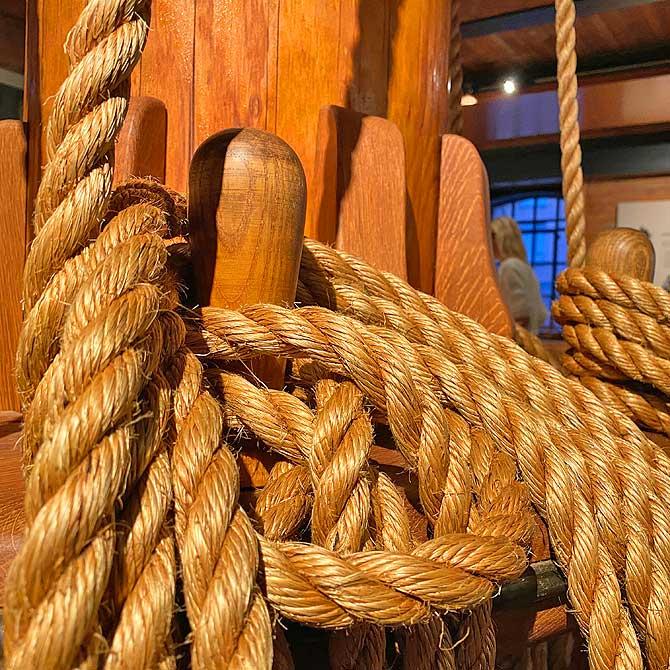 Wieviele Knoten fährt ein Schiff?