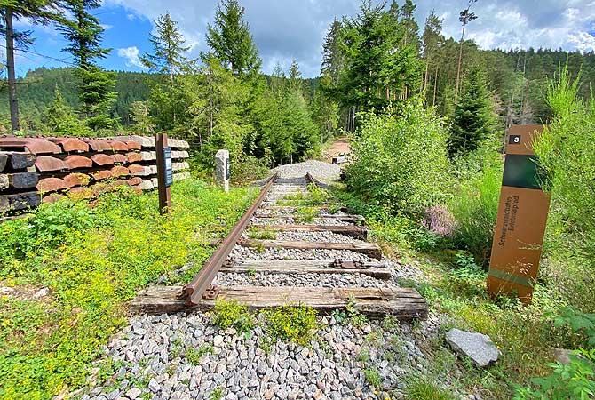 Gleise führen ins Nichts