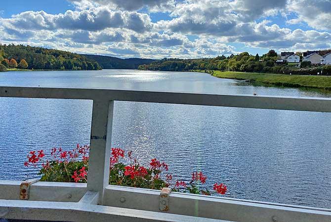 Ausblick vom Cafe im See auf den Twistesee