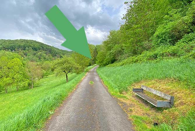 Am Eichwaldsträssle geht es links rein