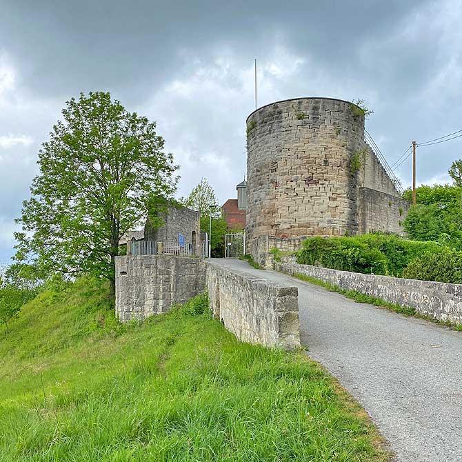 Eingang zur Burg Schloss Ebersberg