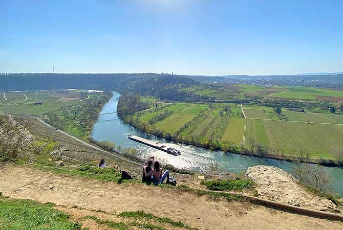 Ausblick auf den Neckar