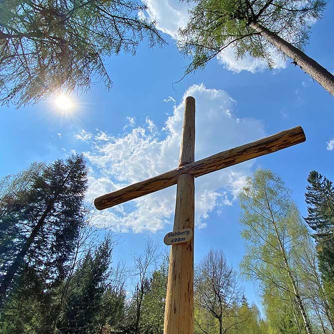 Holzkreuz auf dem Hohberg