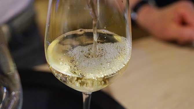 Weinprobe in der Mainzer Vinothek