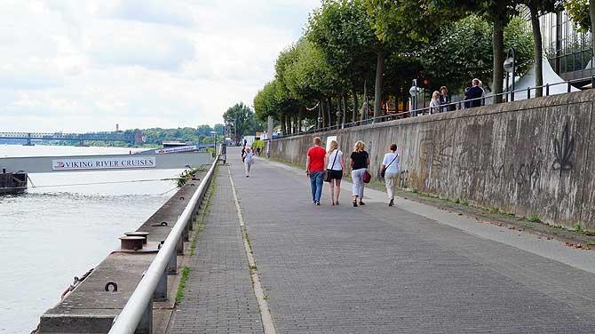 Rheinpromenade als Mainzer Sehenswürdigkeit