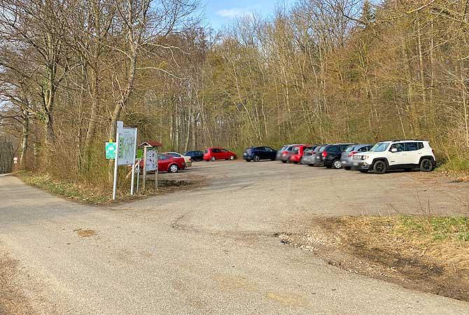 Wanderparkplatz für die Wanderung zur Burgruine Reußenstein